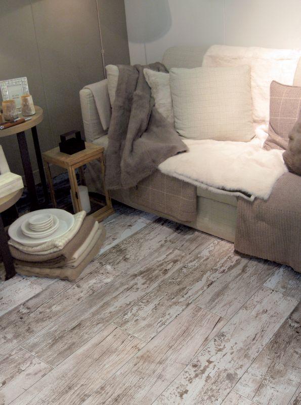 Carrelage cargo style bois flott ext rieur et interieur - Carrelage style bois ...